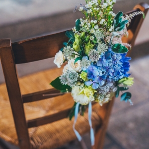 groom chair bouquet