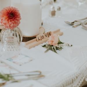 boho style floral centerpiece